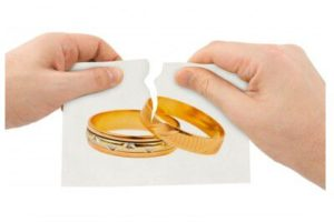How Do I Serve My Spouse with Divorce Papers?